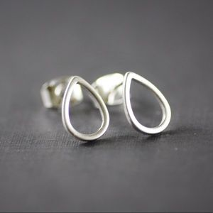 Jewelry - Silver Teardrop Stud Earrings